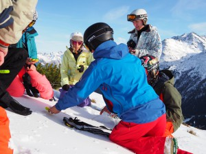 Wissen ums Abseits - SAAC Lawinencamps 16/17