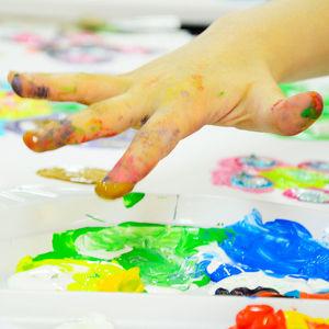 Kreatives Malen mit Kindern und Eltern mit Christian Ringbauer