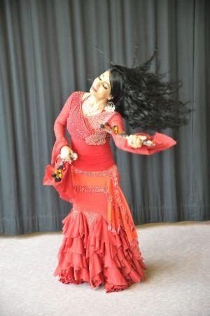 Workshops mit Assala Ibrahim - Gypsy Dance & Trance Tanzritual