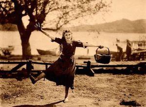 Tanz zu dir Selbst! - Fortbildungslehrgang für Leiterinnen von bewegten Frauengruppen