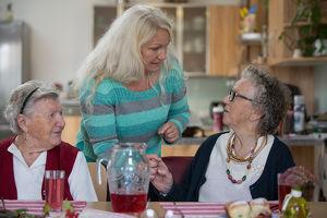 """""""Alt werden in der Region"""" - Nachmittagsbetreuung in Sinabelkirchen für Seniorinnen und Senioren"""