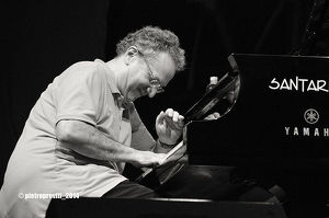 URI CAINE SOLO PIANO (USA)