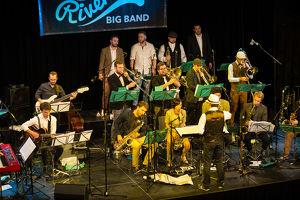 The Riverside Bigband feat. Raphael Wressnig