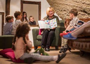 Die Vorlese-Oma kommt