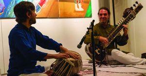 "Tower of Songs mit ""Alokesh Chandra und Ed Feldman"""