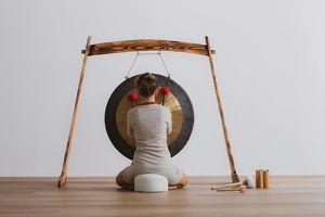 Gong Sound Meditation im Yuna Yoga mit Nina Rath