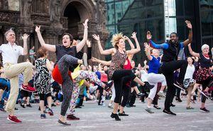 Sylvain Émard Danse: Le Grand Continental: alle tanzen