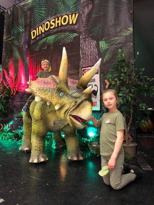 Dinosaurier – Im Land der Giganten
