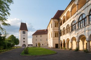 Steirischer Schlossbrunch mit Live-Musik im Schloss Seggau