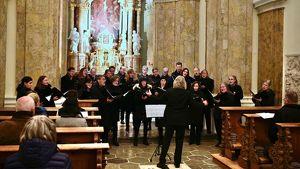 Kammerchor Innsbruck…und erhebt die Niedrigen (Arvo Pärt)